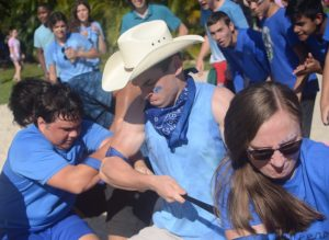 Clash of the Classes, Senior Tug of War Spirt Days